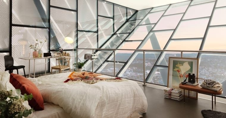 Na vrcholu světoznámého skokanského můstku v Oslu trůní luxusní apartmán 1