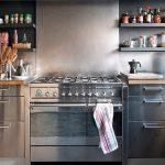 Nerezové kuchyně: Věčný materiál je opět v kurzu 5