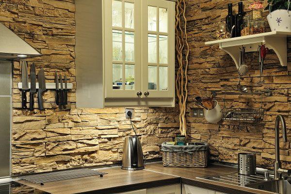 Betonový obklad zobrazuje i nejjemnější vlásečnice přírodního kamene 1