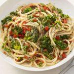 Pochutnáte si! Špagety s česnekem medvědím 6
