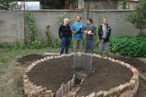 Zahrada ve tvaru klíčové dírky 1