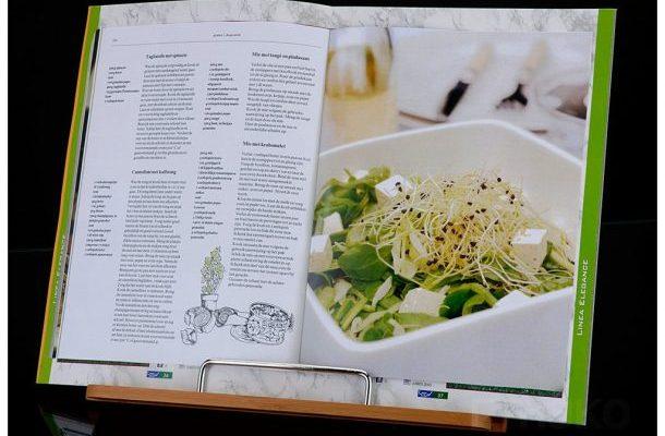 Držák na kuchařskou knížku 1