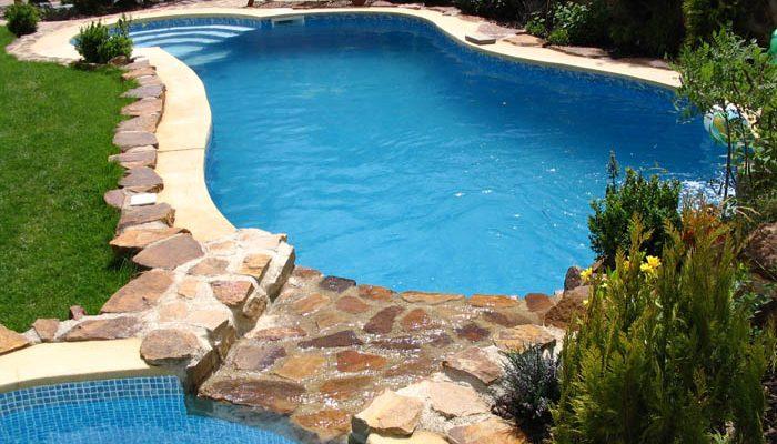 Jak udržovat zahradní bazén během letní sezóny 1