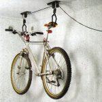 Jak uskladnit kolo - pověsit na zeď nebo na strop? 2