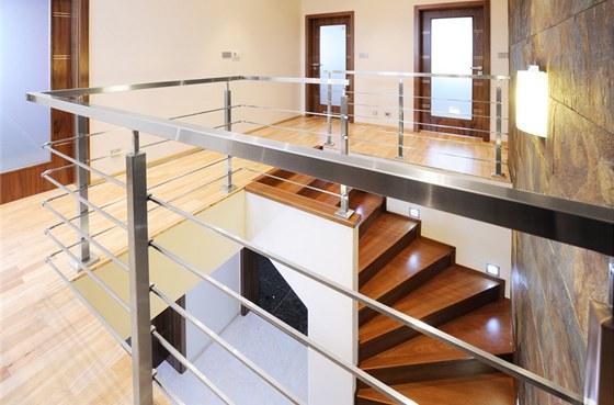 Jak zamezit nepříjemnému průvanu na uzavřeném schodišti 1