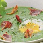 Špenátová polévka se slaninou a s vejcem 5