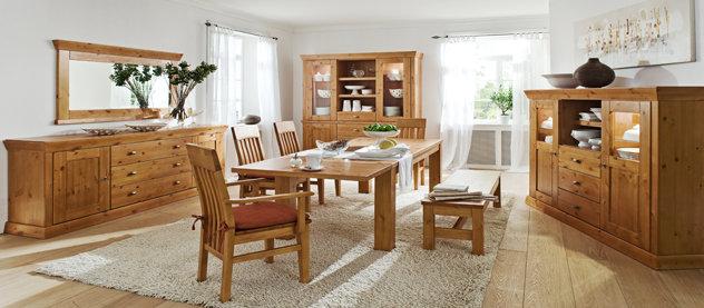 Dubový nábytek umocňuje atmosféru 1