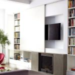 Jak ukrýt televizor v pokoji prakticky i vtipně 5