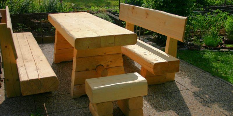 Masivní zahradní nábytek 1
