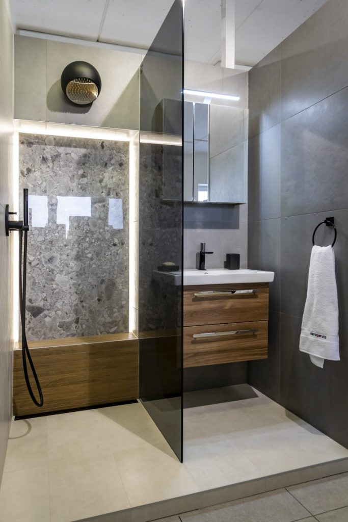 Sprchové kouty, zástěny a dveře - řešení pro každou koupelnu 2